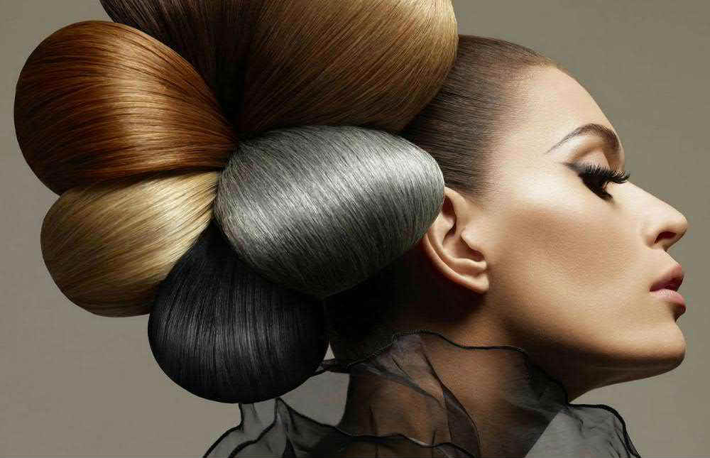 Курсы постижерного искусства – создание причесок из накладных волос